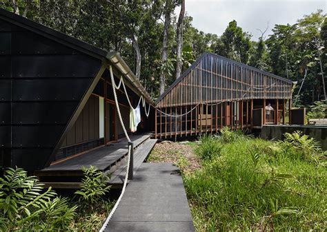 grid home keeps naturally cool in the lush australian