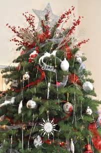 beautiful christmas tree decorations with outdoor