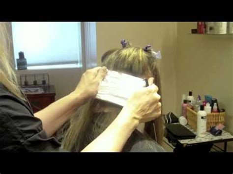 how to section hair for full head highlights full head of blonde highlights with foils on long hair