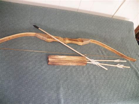 D The Bow And Arrow Set 1 new wood bow and arrow with quiver set 3 arrows for archery ebay