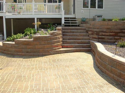 allan block retaining wall steps garden fun pinterest