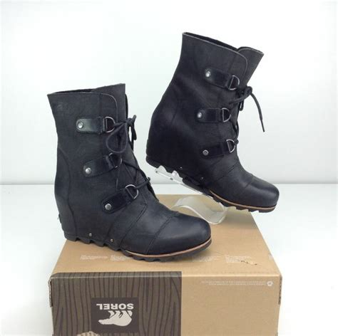 Sorel joan of arctic wedge mid boots black grill size 11 b