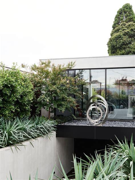 desain rumah hitam putih desain arsitektur rumah minimalis hitam putih arsitektur