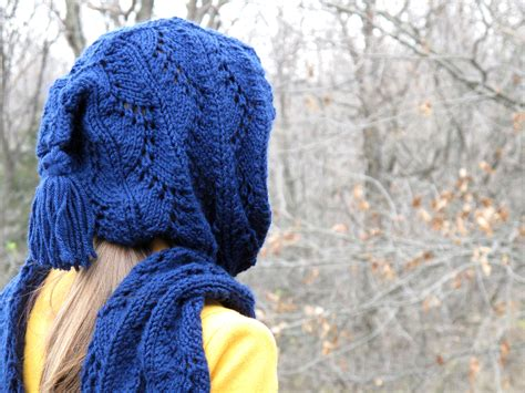 knitting pattern for scarf with hood stylish hooded scarf free knitting pattern