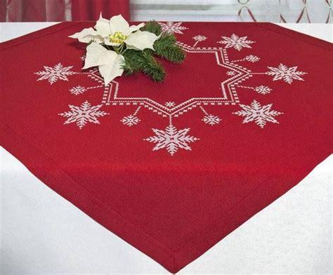 decoracion mesa de navidad original las 25 mejores ideas sobre manteles de mesas de navidad en