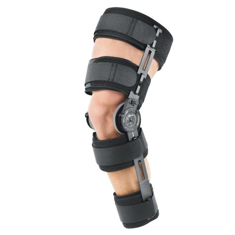 Knee L Aw 5 knee dislocation patellar dislocation treatment the brace shop