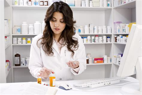 Pharmacist Duties by Pharmacist Description Salary And Education