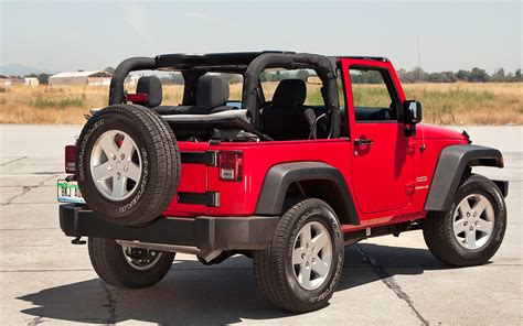 jeep wrangler sports jeep has best global sales year ever for 2012 truck