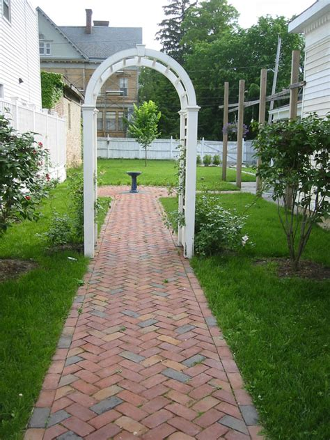 Design Ideas For Brick Walkways Girlshopes