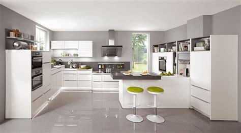 Mkb Kitchens by Bucatarii Moderne