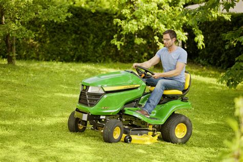 new deere lawn and garden equipment for 2014