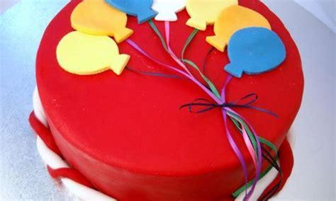 balloon birthday cake kidspot