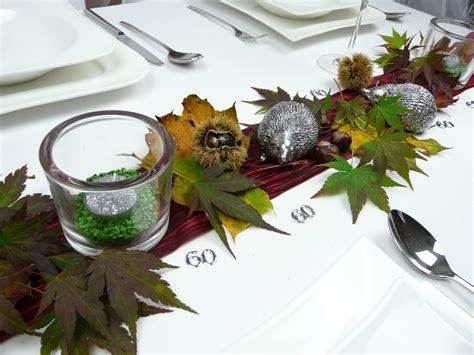 Tisch Herbstdeko by Herbstdeko Ein Silberfarbener Igel F 252 R Ihre Herbstdekoration