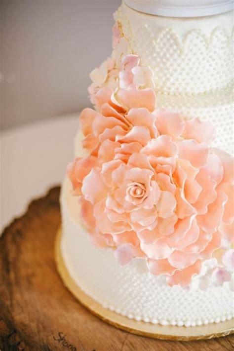 Hochzeitstorte Orange by Fashion Friday Classic And Feminine Wedding Cakes