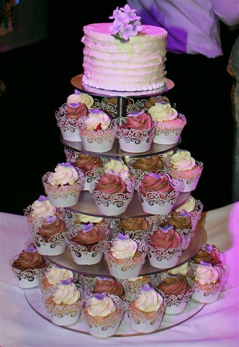 hochzeitstorte cupcakes verliebt verlobt vegan verheiratet teil 3 quot liebe geht