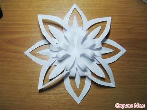 Paper Snowflake Craft - ornament paper snowflake tutorial crafts