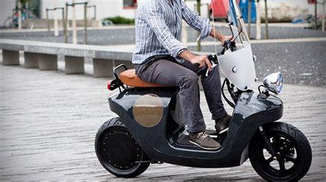 otomobilin ardindan motosiklette de sonuclar ayni scooter