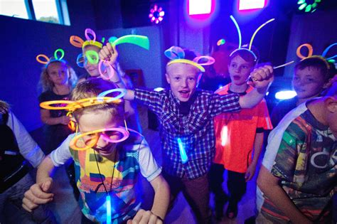 7 Paris Themed Teen cool kids disco party our most popular party dna kids
