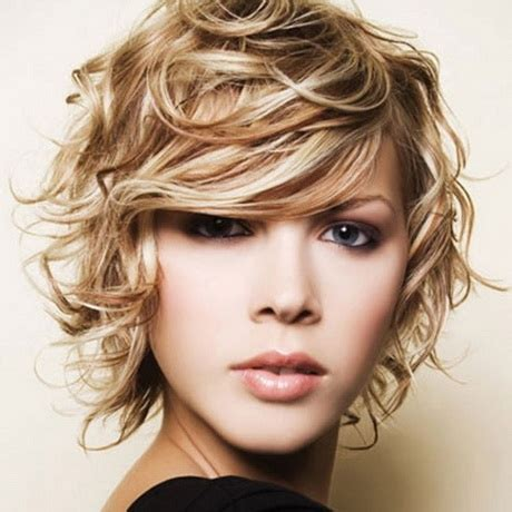 show photos of permed layered hairstyles permed medium hairstyles