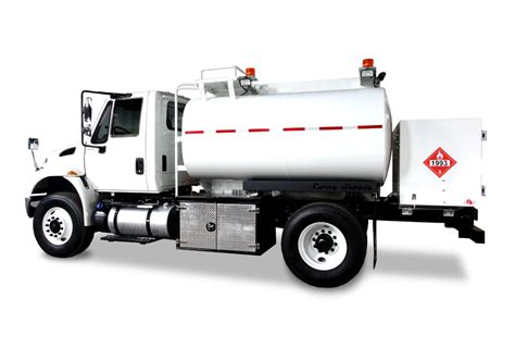 trucks on on road fuel trucks curry supply company