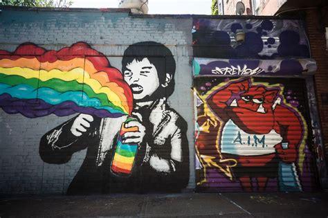 imagenes graffitis urbanos combaten graffiti con arte urbano peri 243 dico victoria