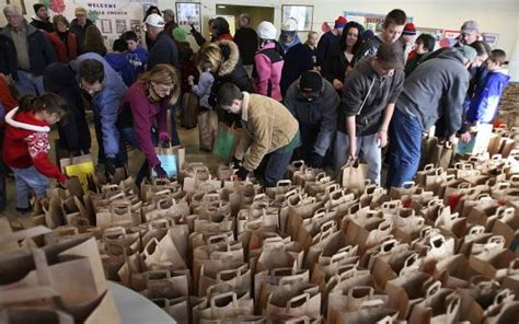 Boston Food Pantries by Many Make Light Work Of Natick Food Pantry S Move