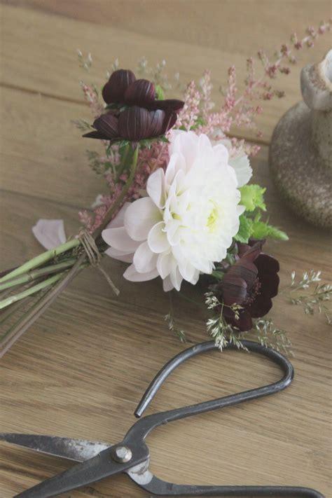 Petit Bouquet De Fleurs by La Mariee Aux Pieds Nus Diy Petit Bouquet De Fleurs