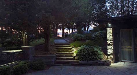 toronto landscape lighting landscape lighting toronto
