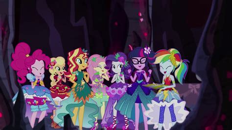 equestria girls happy wiki image equestria girls in happy agreement eg4 png my