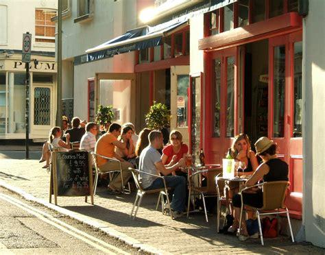 Kaos As Roma Desain Kode Asr 13 more cafe bar restaurant trafalgar photo page