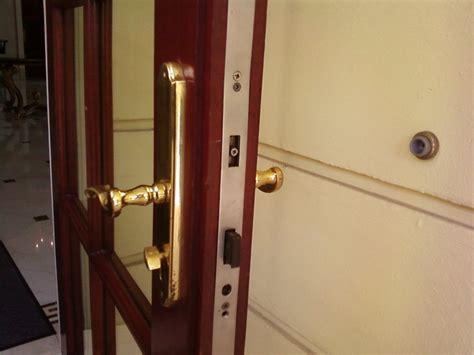 accidentally locked bathroom door strange door locked by itself glitch in the matrix