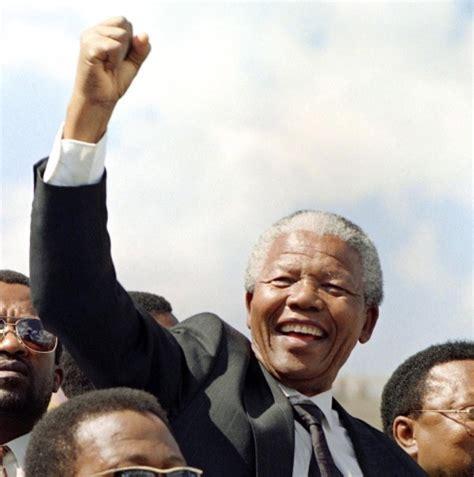 nelson mandela president biography remembering nelson mandela the anti apartheid hero s life