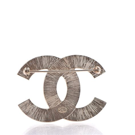 Metal Brooch chanel metal quilted cc brooch silver gold 248221