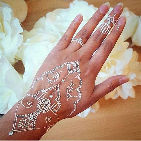 henna tattoo diamond 17 best ideas about small white tattoos on