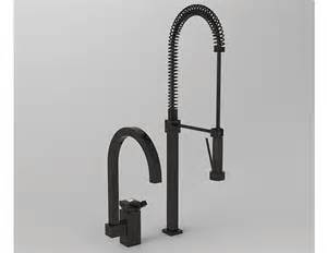 semi professional kitchen faucet with pull out spray