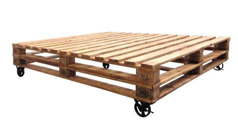 letti con ruote letto bancali con ruote ethnic chic mobili industrial