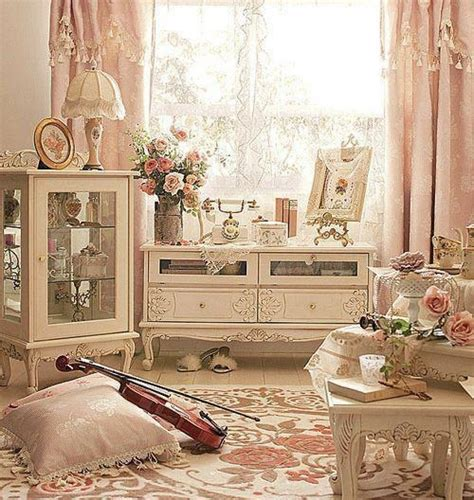 antique rose themed bedroom bedroom ideas pinterest