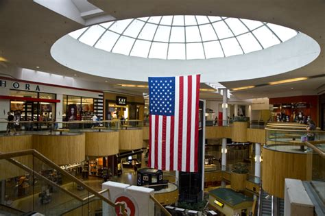Holyoke Mall Gift Card - holyoke mall the dominant shopping center of holyoke ma home