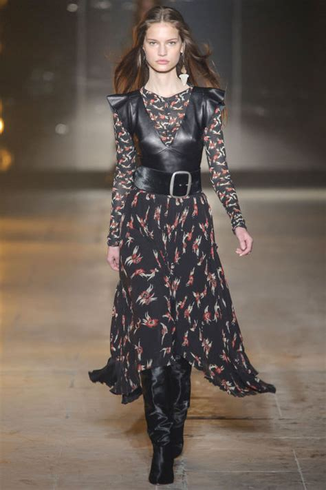 In Runway Looks Frillr Its The Frills That Count by Fashion Week Runway Fashion Fall 2017