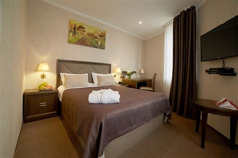 hotels with two separate bedrooms hotels