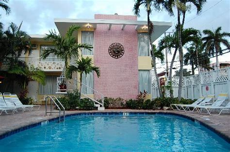 worthington guest house stay before atlantis cruise review of the worthington guest house fort lauderdale