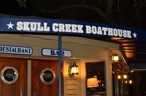 hilton head boat house skull creek boathouse hilton head sc 171 two fat bellies