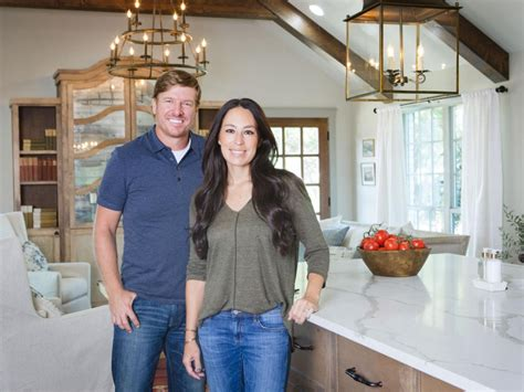 fixer upper canceled fixer upper season 5 canceled or renewed what to