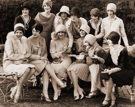 pictures of middle age flappers vintage 101 who are these girls called flappers
