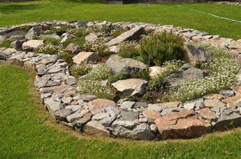 giardino di sassi decorare il giardino con i sassi foto 2 40 design mag