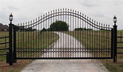 gate and fence garage door repair balboa island
