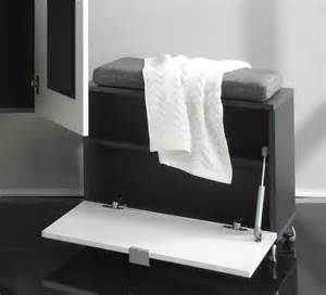meuble de rangement design de salle de bain gris blanc