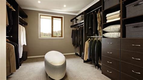 Best Walk In Closets In The World by 30 Walk In Closet Ideas For Who Their Image