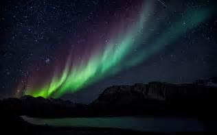 lights desktop green and purple northern lights wallpaper