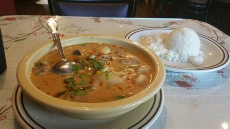 thai house columbia il thai house 61 anmeldelser thai 109 s main st columbia il usa